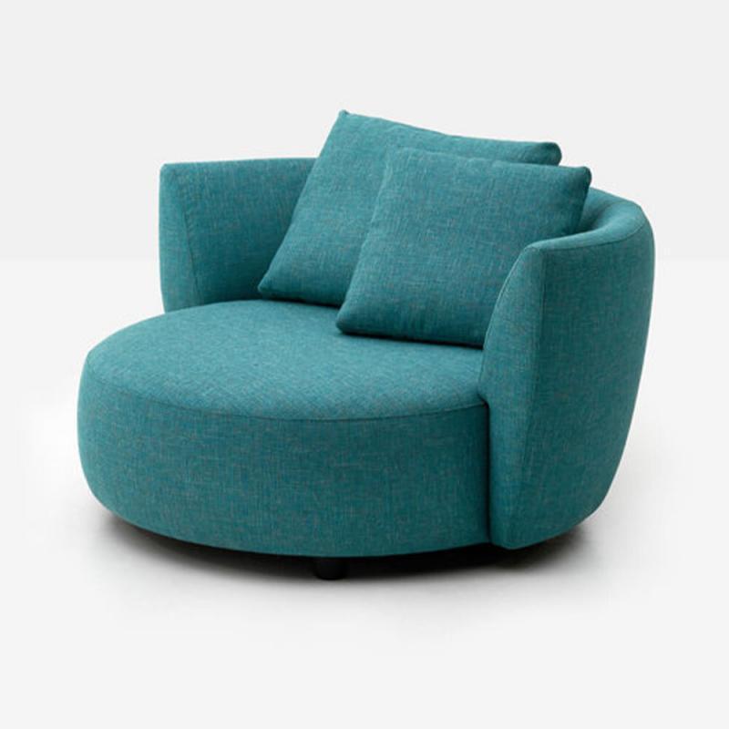 oversized swivel chair