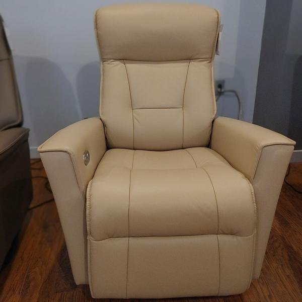 Harstad Power Recliner Rocker Small